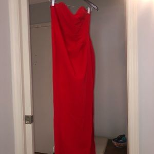 Nookie Nordstrom's red gown Sz Lg, high slit